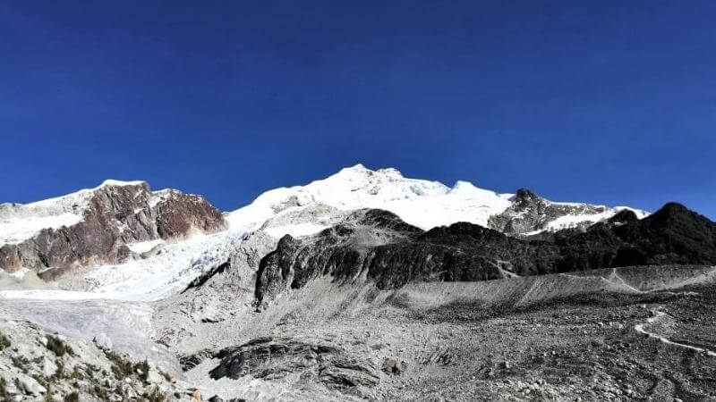 Huayna Potosi – an easy 6000 m peak, is it really?